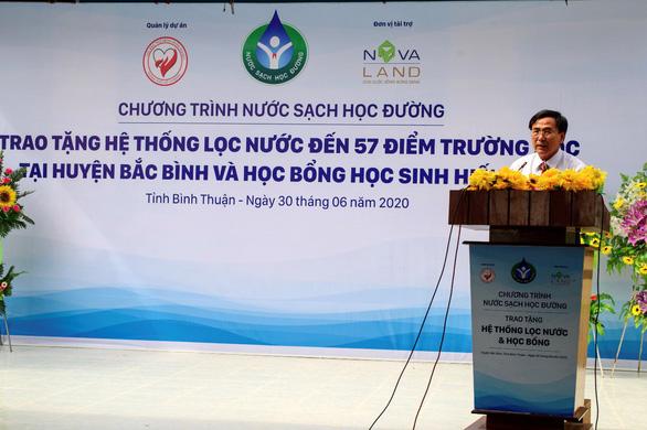 Nước sạch học đường đến với giáo viên, học sinh huyện Bắc Bình, Bình Thuận - Ảnh 1.