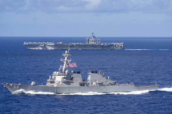 Mỹ, Trung nắn gân nhau bằng tập trận ầm ĩ trên biển - Ảnh 9.