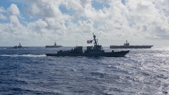 Mỹ, Trung nắn gân nhau bằng tập trận ầm ĩ trên biển - Ảnh 10.