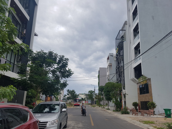 Đà Nẵng thu hồi công văn dừng cấp phép xây dựng nhà ở kết hợp thương mại dịch vụ - Ảnh 1.