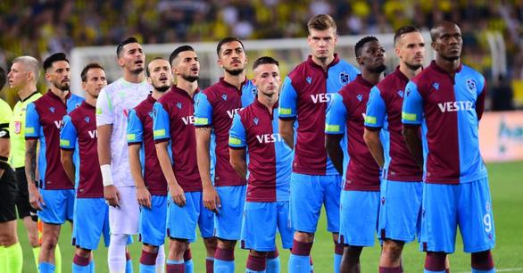 Đội bóng dẫn đầu Giải Thổ Nhĩ Kỳ bị cấm dự cúp châu Âu 1 năm - Ảnh 1.