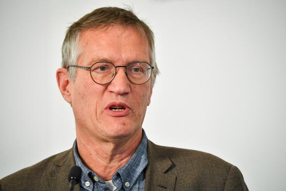 Nhà dịch tễ phụ trách chính sách chống virus corona của Thụy Điển thừa nhận sai sót - Ảnh 2.