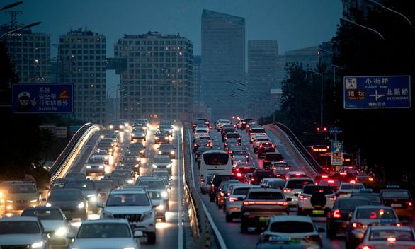 Dịch bớt căng, ô nhiễm không khí lập tức quay trở lại Trung Quốc, châu Âu - Ảnh 1.