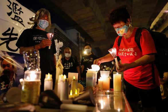 Hong Kong huy động 3.000 cảnh sát quyết giải tán hoạt động tưởng niệm Thiên An Môn - Ảnh 2.