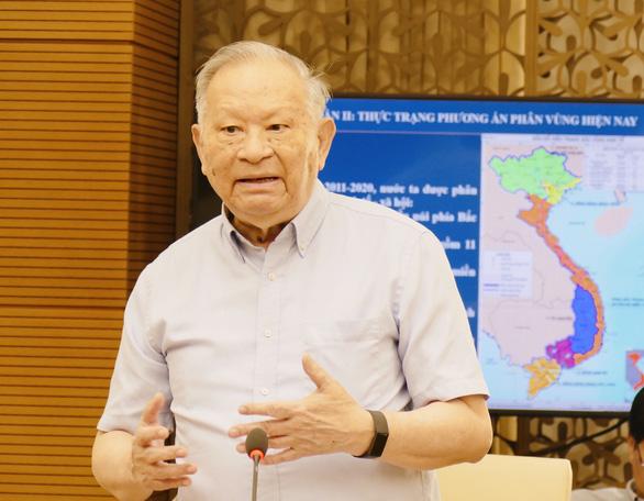 Đề nghị chuyển Long An về Đông Nam Bộ, tách đôi duyên hải Miền Trung - Ảnh 1.