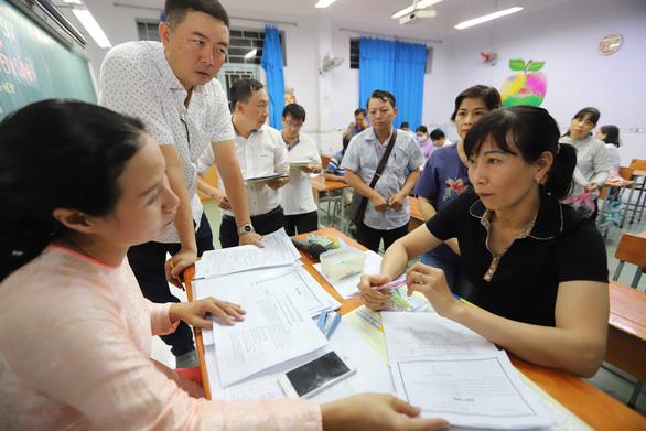 Tuyển lớp 10 TP.HCM: Trường Nguyễn Thượng Hiền có tỉ lệ chọi cao nhất - Ảnh 1.