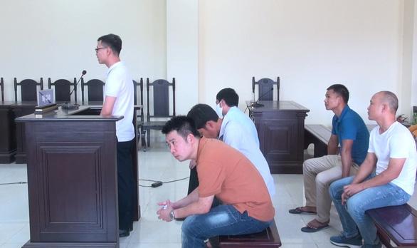 Cựu phó giám đốc Sở Văn hóa, thể thao và du lịch Thanh Hóa lãnh 15 tháng tù - Ảnh 2.