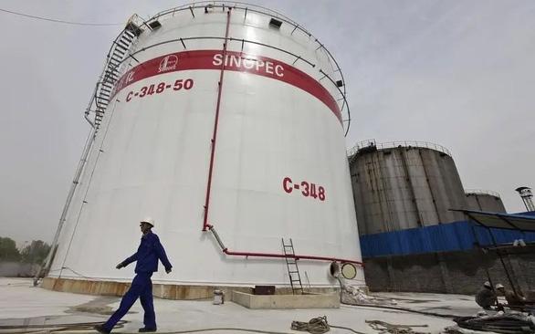 Trung Quốc thành vị cứu tinh của 6 nước sản xuất dầu lớn nhất vùng Vịnh - Ảnh 1.