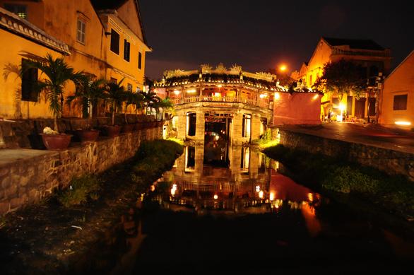 Khách Việt là điểm tựa duy nhất để ngành du lịch sống sót qua dịch - Ảnh 1.