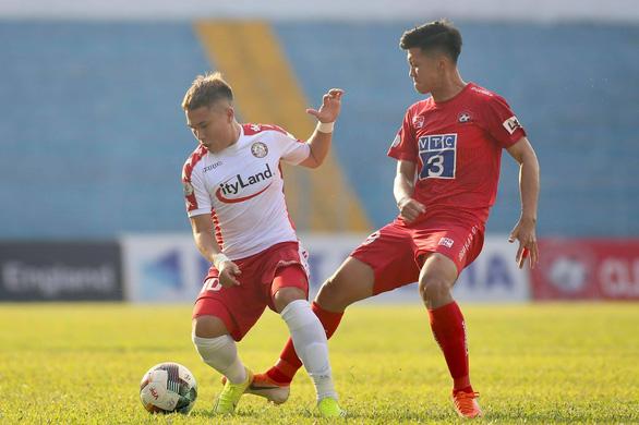 Kết quả và bảng xếp hạng V-League 2020 ngày 5-6: CLB TP.HCM tiếp tục dẫn đầu - Ảnh 1.