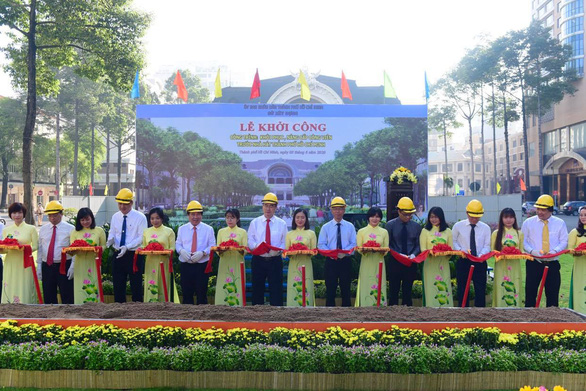 Chính thức khởi công khôi phục công viên trước Nhà hát TP.HCM - Ảnh 2.