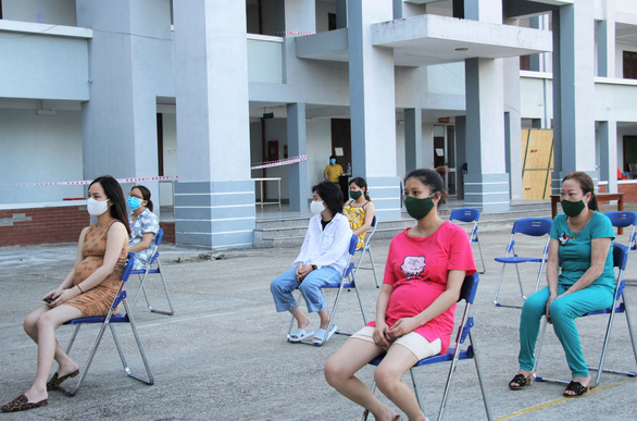Quảng Nam tiếp nhận thêm gần 100 phụ nữ mang thai từ Nhật Bản về nước - Ảnh 1.