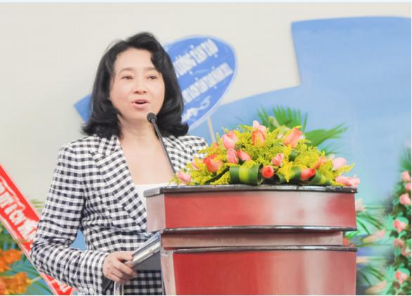 Bà Đặng Thị Hoàng Yến tái xuất sau 8 năm, cổ phiếu Tân Tạo tăng trần - Ảnh 1.