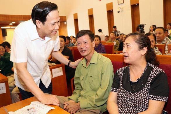 Bộ trưởng Đào Ngọc Dung: Đừng để tiền hỗ trợ dù rất bé lọt vào nhà quan - Ảnh 1.