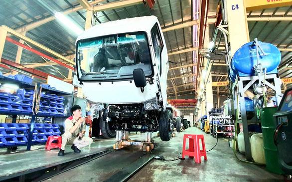 Bắt đầu lấy ý kiến về dự thảo giảm 50% lệ phí trước bạ ôtô sản xuất trong nước - Ảnh 1.