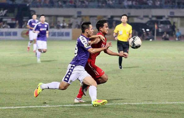 ESPN viết về V-League: Chờ Công Phượng, Quang Hải  tỏa sáng - Ảnh 1.