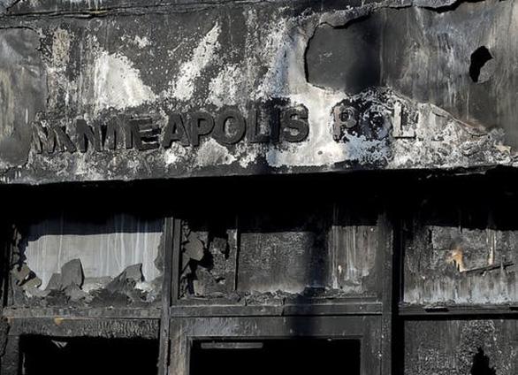Thành phố Minneapolis thiệt hại ít nhất 55 triệu USD vì bị đập phá và hôi của - Ảnh 1.