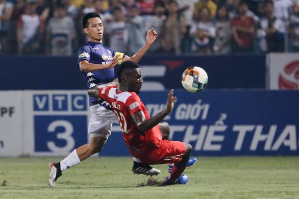 Hà Nội - Hoàng Anh Gia Lai (hiệp 2) 3-0: Rimario lập cú đúp - Ảnh 1.