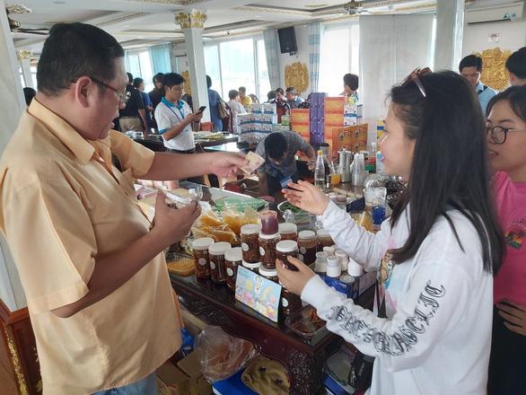 Hội chợ đặc biệt của hướng dẫn viên du lịch - Ảnh 3.