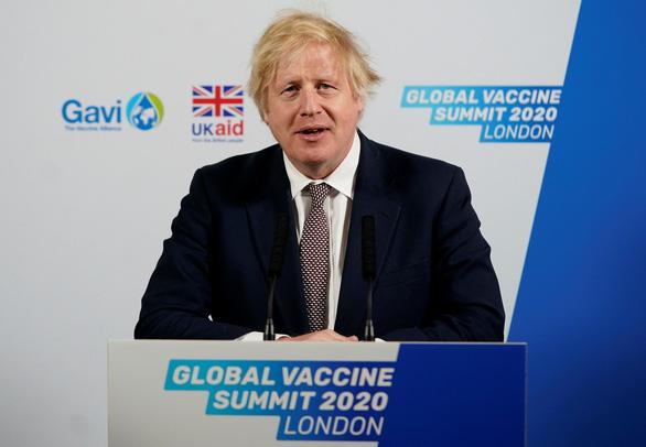 Thủ tướng Anh lại phải tự cách ly lần 2 vì nguy cơ phơi nhiễm virus corona - Ảnh 1.