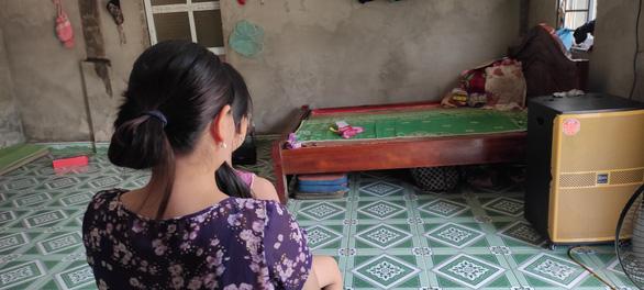 Điều tra vụ bé gái 6 tuổi nghi bị hàng xóm dâm ô nhiều lần - Ảnh 1.