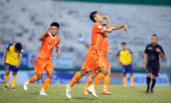 Bình Định vùi dập Đắk Lắk 4-0 trong ngày khai mạc Giải hạng nhất 2020 - Ảnh 3.