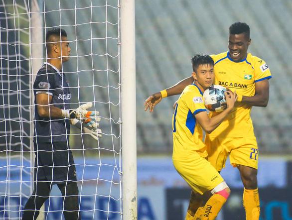 Vòng 3 V-League 2020: SHB Đà Nẵng vẫn chưa biết thắng - Ảnh 2.