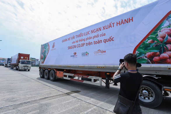 Thủ tướng động viên đoàn xe xuất hành tiêu thụ vải thiều Bắc Giang - Ảnh 2.