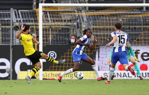 Dortmund chưa từ bỏ hi vọng vô địch - Ảnh 1.