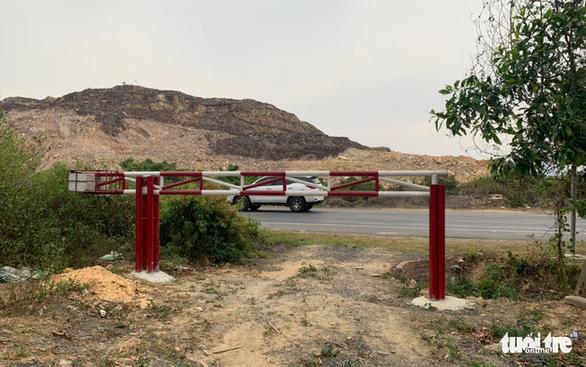 Đà Nẵng: Lập gác chắn, tuần tra ngăn xẻ đất rừng làm nghĩa trang trái phép - Ảnh 3.