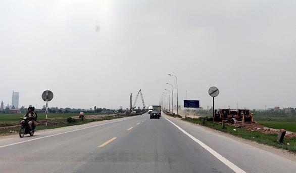 Kiến nghị Quốc hội chuyển 3 dự án cao tốc Bắc - Nam sang đầu tư công - Ảnh 2.