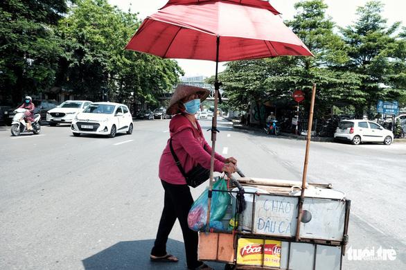 Đầu tuần tới, miền Bắc đón đợt nắng nóng đầu tiên, Hà Nội 36 độ C - Ảnh 1.