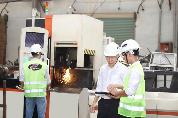 Nhà máy Elipsport chi 10 triệu USD tập trung sản xuất - Ảnh 2.