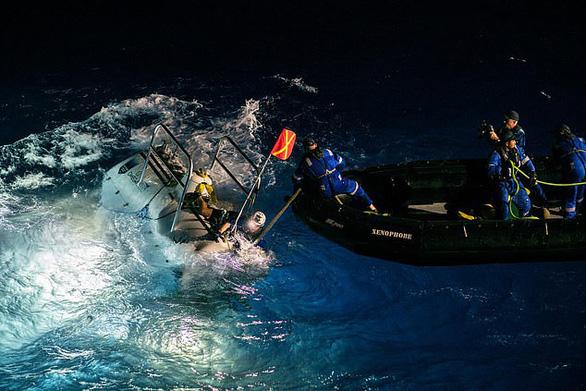 Nhà thám hiểm nữ xuống nơi sâu nhất vỏ Trái đất rồi kết nối ISS - Ảnh 1.