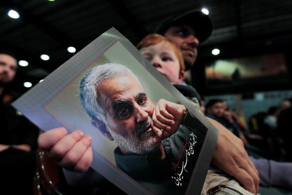 Iran tử hình người cung cấp thông tin về tướng Qassem Soleimani cho Mỹ - Ảnh 1.