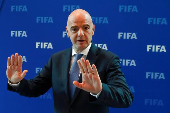 FIFA quyết ngăn nạn lạm phát trong bóng đá - Ảnh 1.