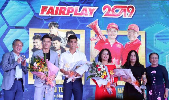 Nén đau thi đấu ở SEA Games 2019, Chương Thị Kiều đoạt giải Fair Play 2019 - Ảnh 2.