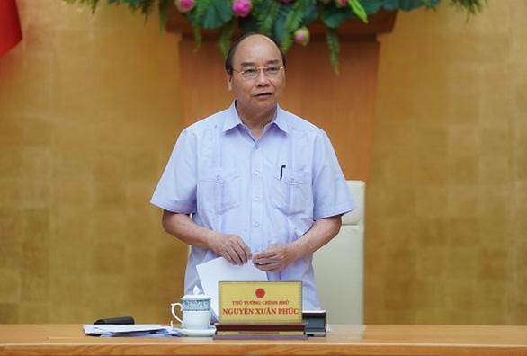 Thủ tướng chủ trì họp bàn về mở đường bay quốc tế trở lại - Ảnh 1.