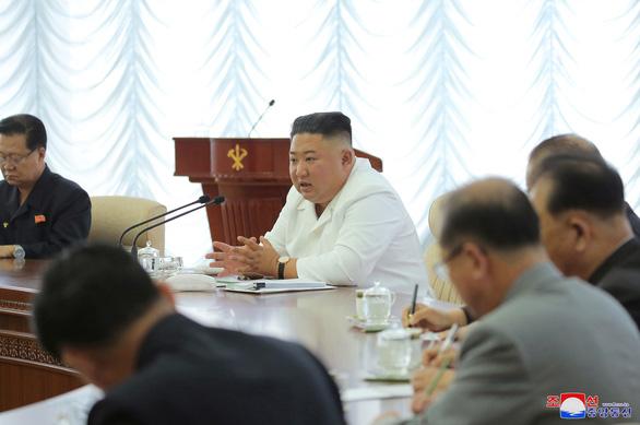 KCNA: Triều Tiên sẽ cắt mọi liên lạc với Hàn Quốc - Ảnh 1.