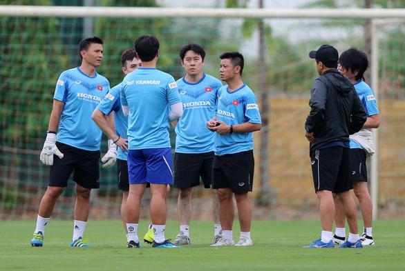 HLV Park Hang Seo vắng mặt ngày đội tuyển U22 Việt Nam tập trung - Ảnh 3.