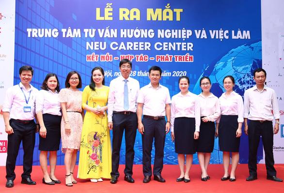 Trường ĐH Kinh tế Quốc dân mở nền tảng hướng nghiệp và việc làm online - Ảnh 1.