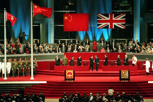 Bắc Kinh dùng luật an ninh để giữ Hong Kong trong tâm phục khẩu phục? - Ảnh 1.