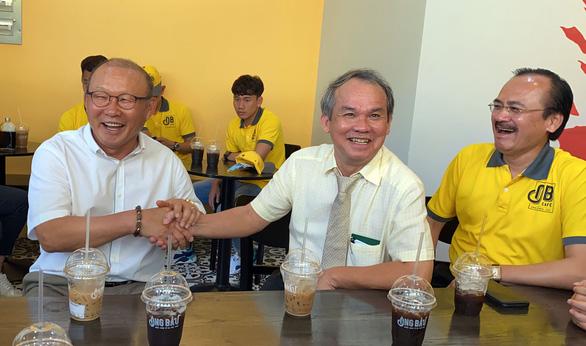 HLV Park Hang Seo: Tôi có vài mối lo cho trận gặp Malaysia ở vòng loại World Cup 2022 - Ảnh 1.