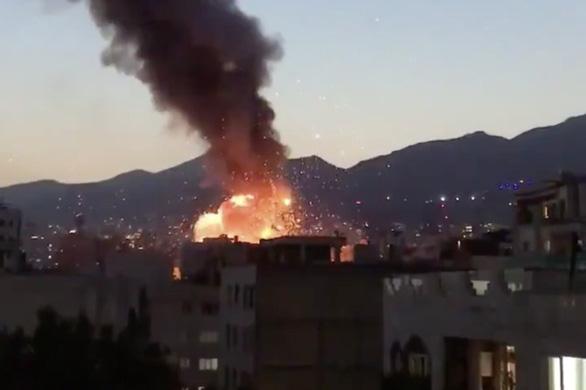 Nổ lớn tại phòng khám ở Tehran, 19 người thiệt mạng - Ảnh 1.