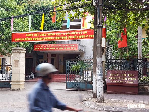 Vụ cán bộ phường ở Thái Bình bị đánh: dừng quy trình tái cử 2 cựu lãnh đạo từng dính phốt - Ảnh 1.