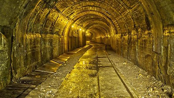 Ai Cập phát hiện mỏ vàng gần 2 tỉ đô trong sa mạc - Ảnh 1.