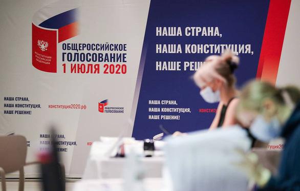 Nga bước vào ngày bỏ phiếu cuối cùng trưng cầu dân ý sửa hiến pháp - Ảnh 1.