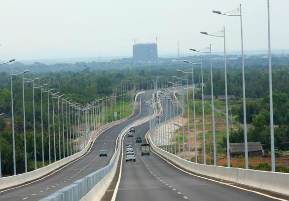 Thị trường bất động sản 'tăng nhiệt' theo đề án thành phố phía Đông - Ảnh 2.
