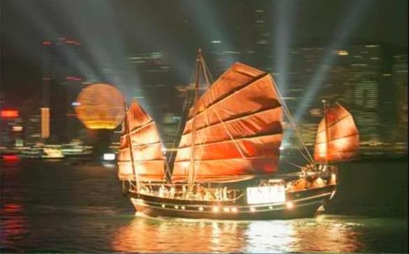 Bắc Kinh dùng luật an ninh để giữ Hong Kong trong tâm phục khẩu phục? - Ảnh 2.