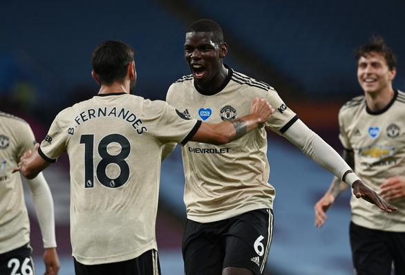 Bruno Fernandes, Paul Pogba cùng lập công, Man Utd nối dài mạch thắng - Ảnh 1.